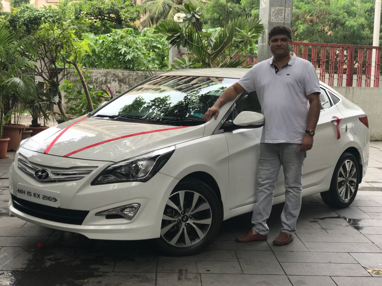 Make HYUNDAI Model New Verna